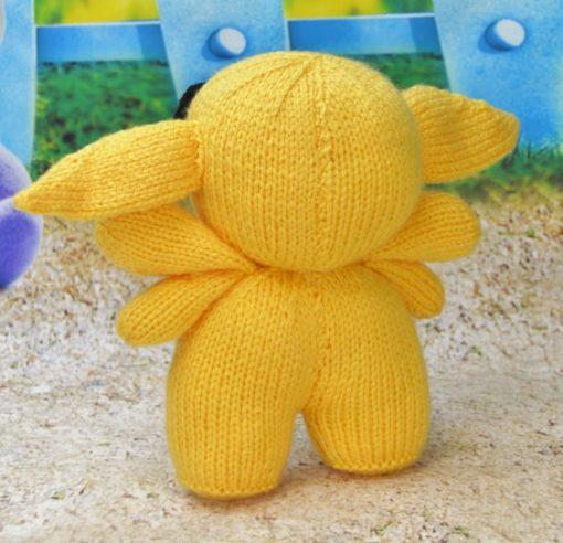 knitted alien pattern