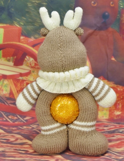 knitted reindeer chocolate orange cover
