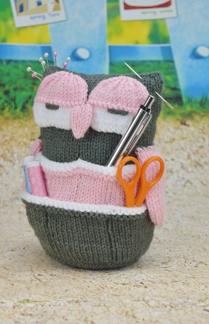 owl organiser knitting pattern