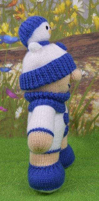blue snow boy snowman knitting pattern
