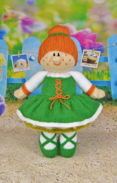 Irish dancing girl knitting pattern