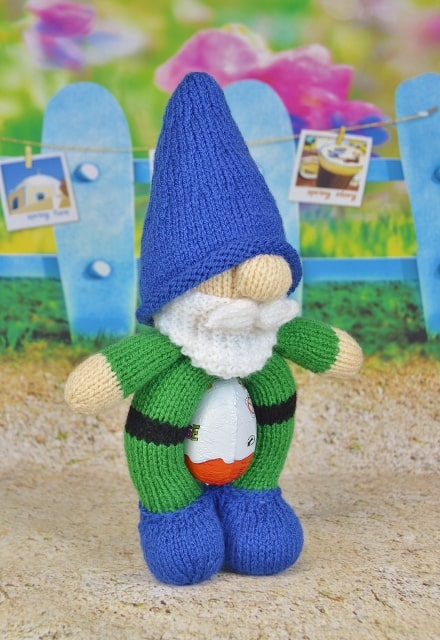 Easter Gnome Knitting Pattern