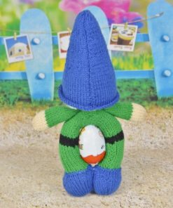 Gnome knitting pattern egg