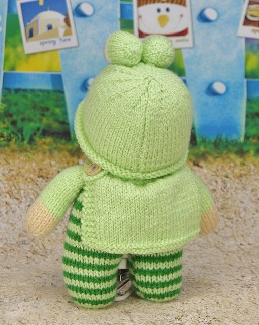 knitted frog pattern