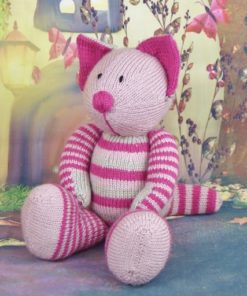 cat knitting pattern sitting down in pinks double knitting yarn 3mm needles pdf or leaflets