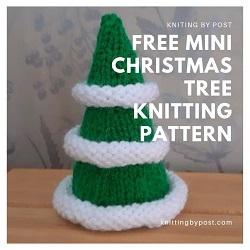 FREE Mini Christmas tree knitting pattern