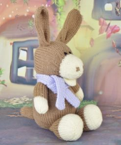 how to knit a sitting donkey in brown and cream with a scarf