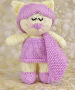 sleepy cat in cream with pink nightie eyemask and slippers knitting pattern