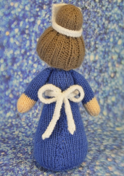 knitted nurse pattern