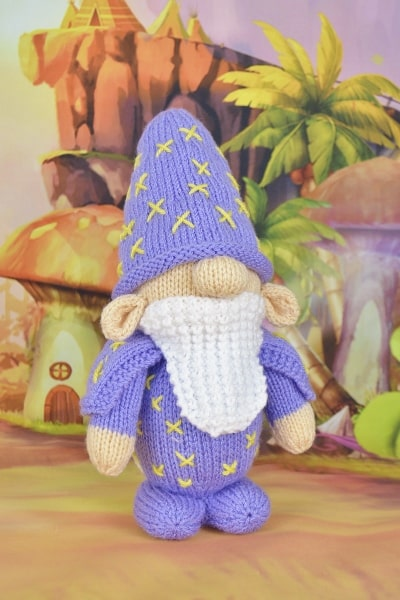 Toy wizard knitting pattern in purple toy