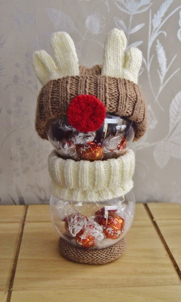 reindeer knitting pattern to fill baubles