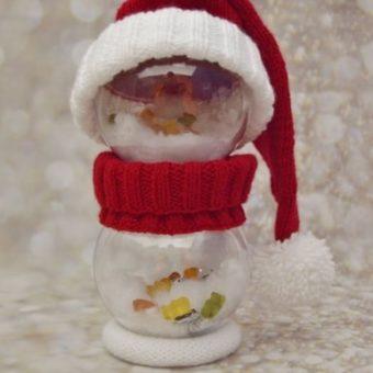 santa bauble character knitting pattern decoration