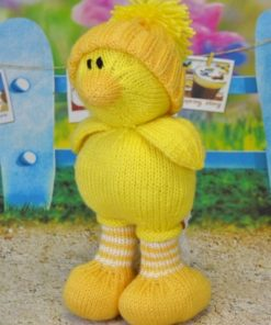 easter chick chicken knitting pattern orange yellow spring time