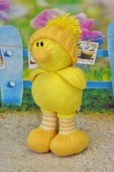 easter chick chicken knitting pattern orange yellow spring time